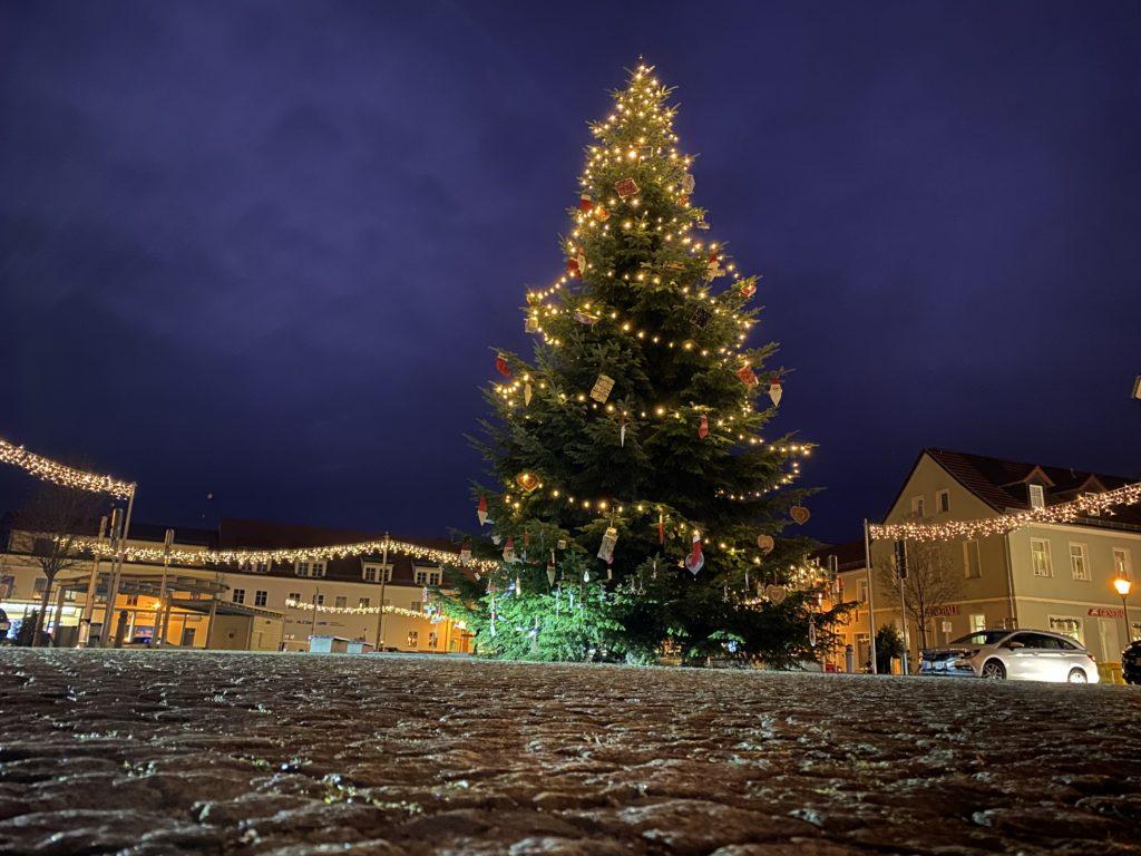 Weihnachtsbaum in Elsterwerdas Innenstadt