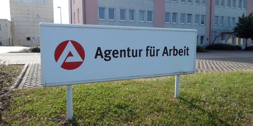 Agenutr für Arbeit