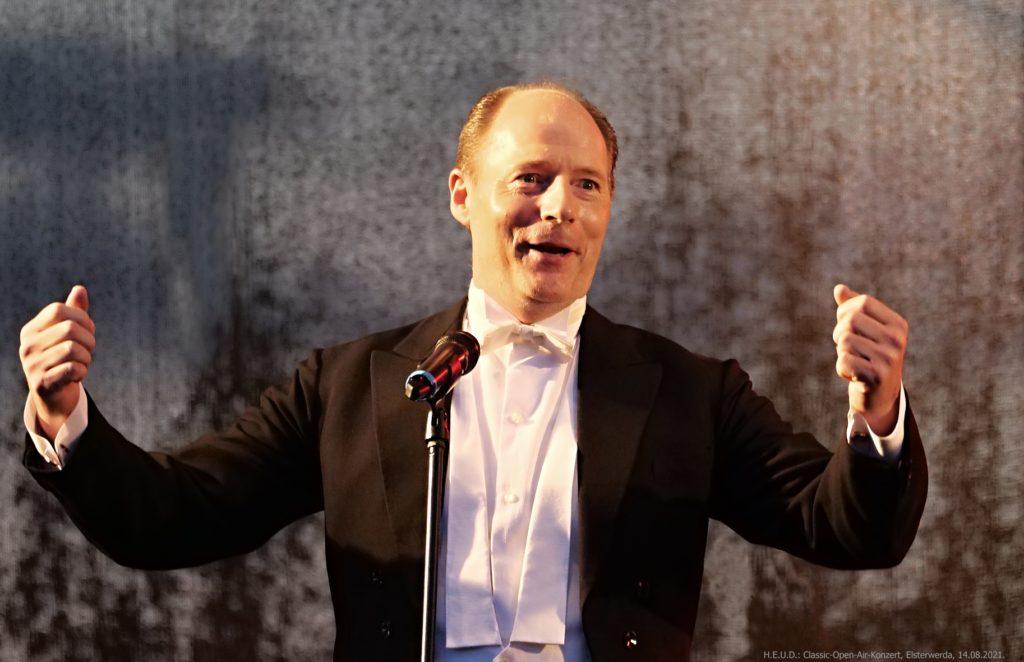 Gesangssolist Thomas Andersson (c) H.E.U.D.